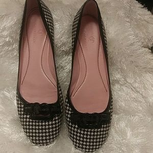 Cole Haan black and white houndstooth Flats 9.5 B